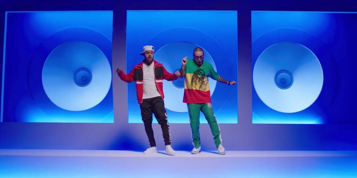 Nicky Jam y J Balvin en el vídeo de X (Equis)