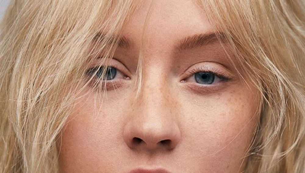 Christina Aguilera, sin maquillaje para Paper Magazine