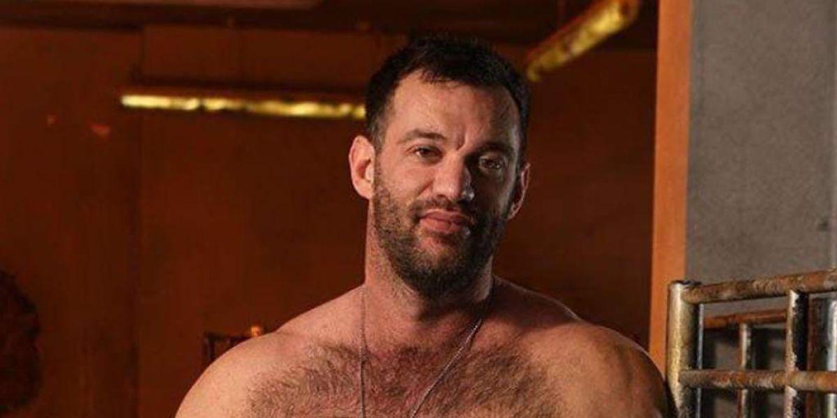 Scott Sherwood, profesor de matemáticas despedido por su pasado en la industria porno