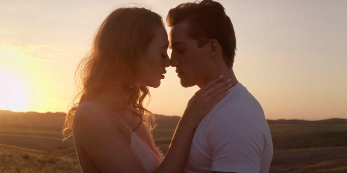 La pareja protagonista del vídeo de 'Therapy', de Armin Van Buuren y James Newman