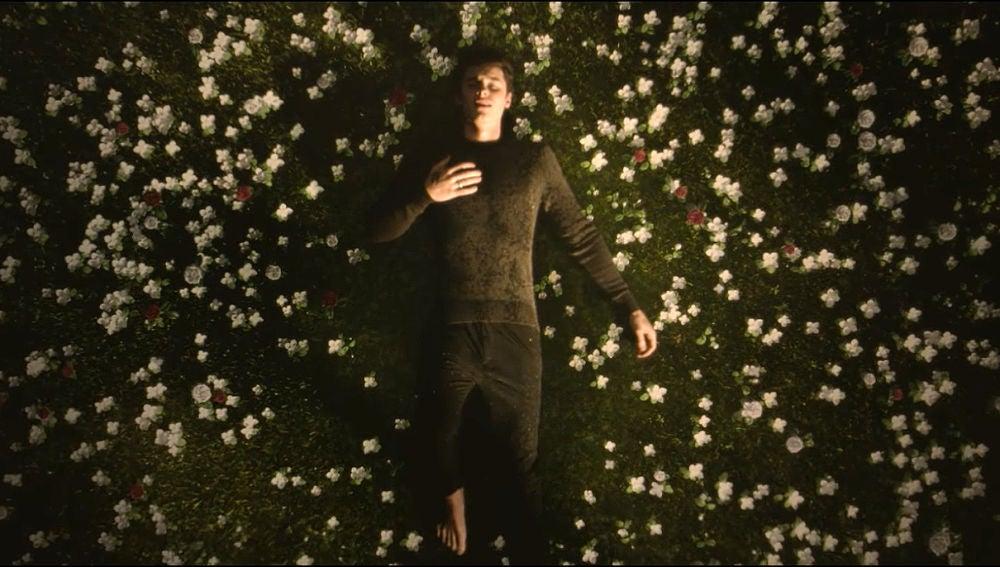 Shawn Mendes en el videoclip de 'In My Blood'
