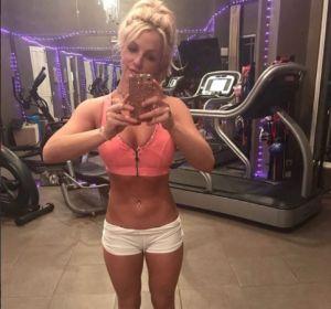 Britney Spears en el gimnasio
