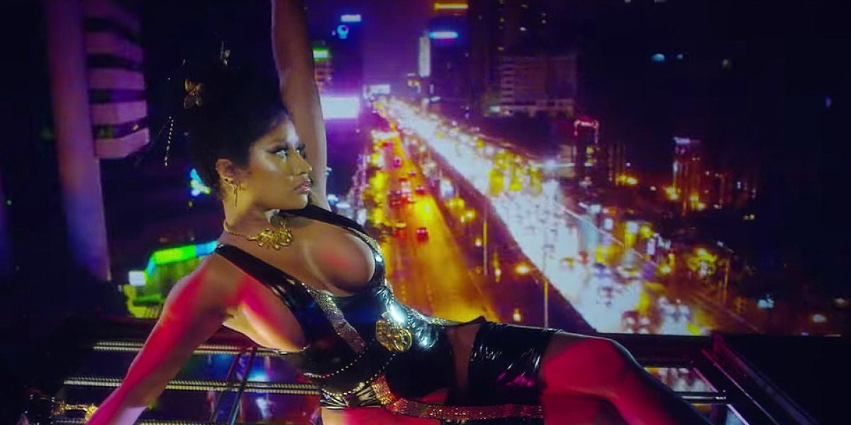 Nicki Minaj en el videoclip de 'Chung Li'