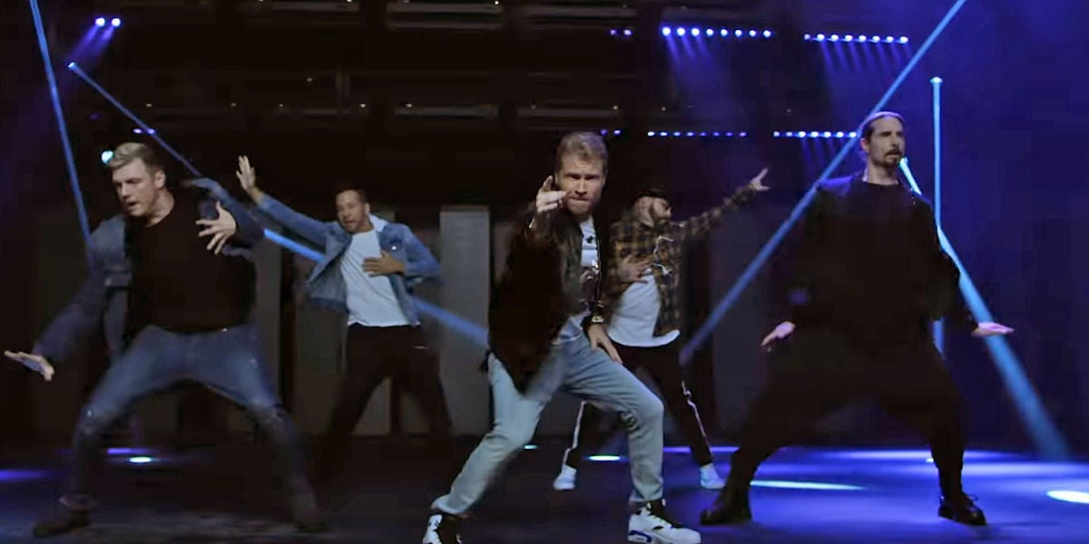 Backstreet Boys en el vídeo de 'Don't Go Breaking My Heart'