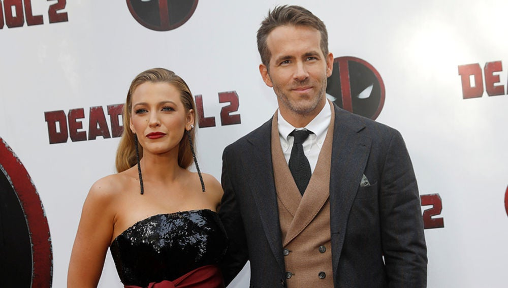 Blake Lively y Ryan Reynolds en la premiere de 'Deadpool 2'