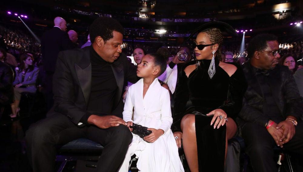 Beyoncé y Jay Z con su hija Blue Ivy