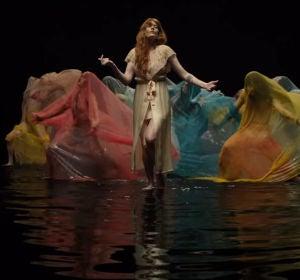 Florence + The Machine presentan 'Big God'