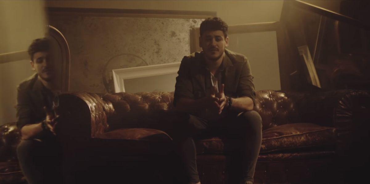 Cepeda en el videoclip de 'Llegas tú'