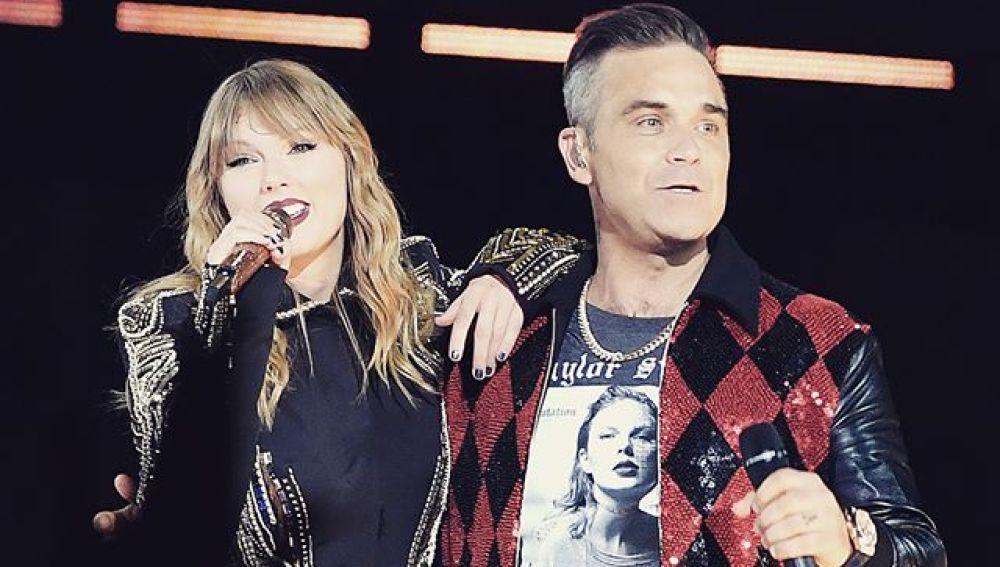 Taylor Swift y Robbie Williams cantan juntos 'Angels'