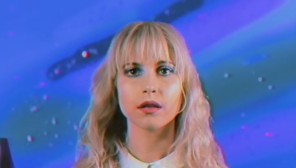Paramore en el vídeo de 'Caught in the Middle'