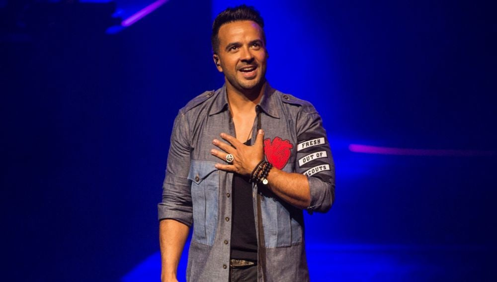 El cantante puertorriqueño Luis Fonsi durante su actuación en el Gran Teatre del Liceu de Barcelona.