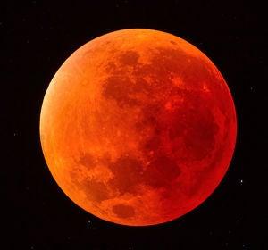 El eclipse de luna más largo del siglo