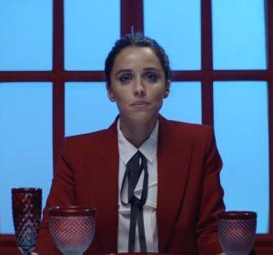 Macarena García en el videoclip de 'Hoy la Bestia Cena en Casa'