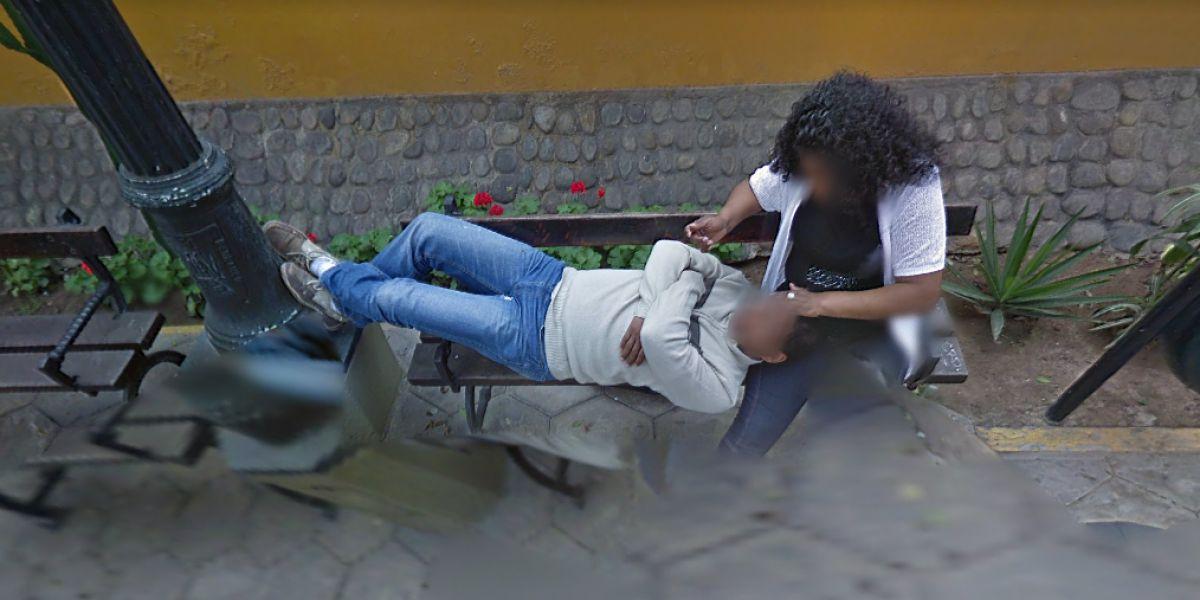 Una pareja de amantes, pillados por Google Maps