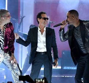 Bad Bunny, Marc Anthony y Will Smith en su actuación en los Latin Grammy