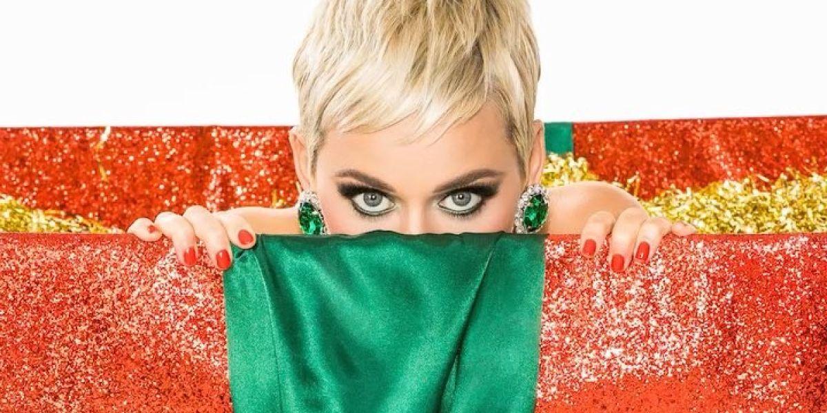 Katy Perry estrena 'Cozy Little Christmas', una canción navideña
