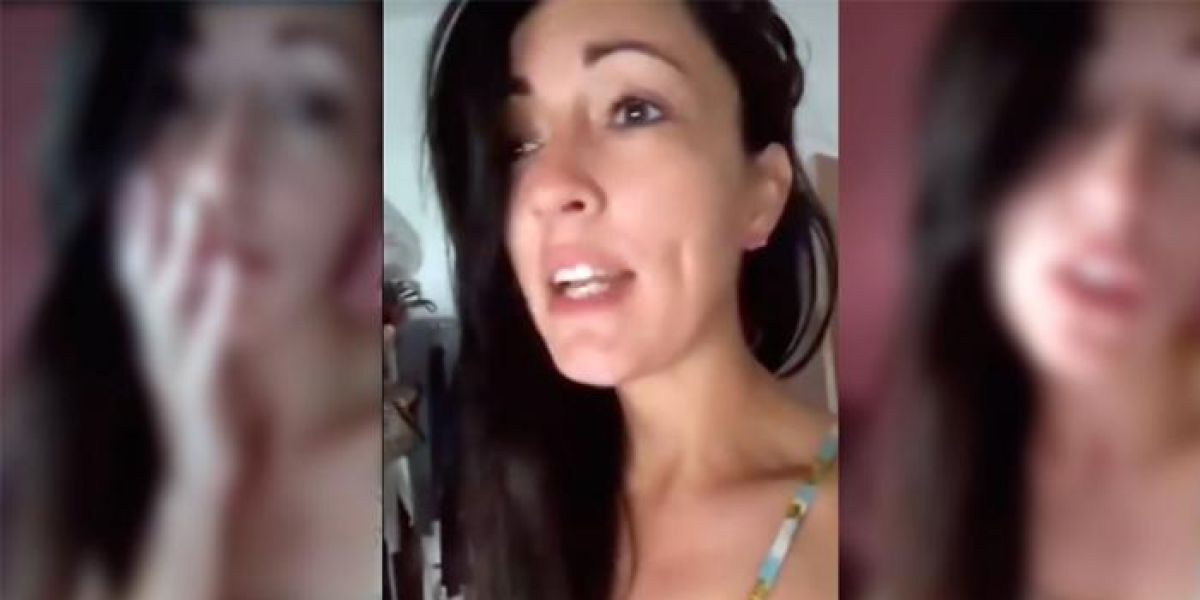 Su novio se deja el móvil en su casa y descubre que le manda fotos desnudo a otras mujeres