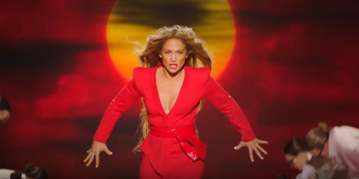 Jennifer Lopez en el vídeo de 'Limitless'