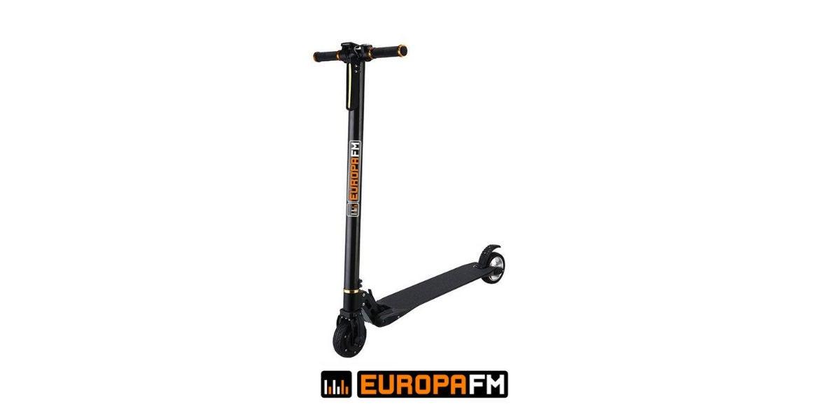 Patinete eléctrico de Europa FM
