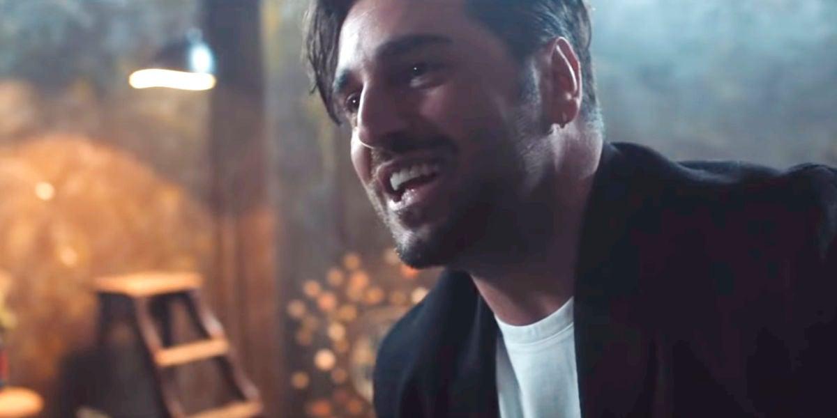 David Bustamante en su videoclip 'Héroes'