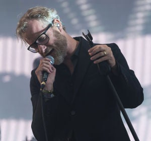 Matt Berninger, líder de The National, durante una actuación
