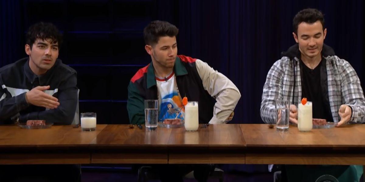 Jonas Brothers en Late Late Show