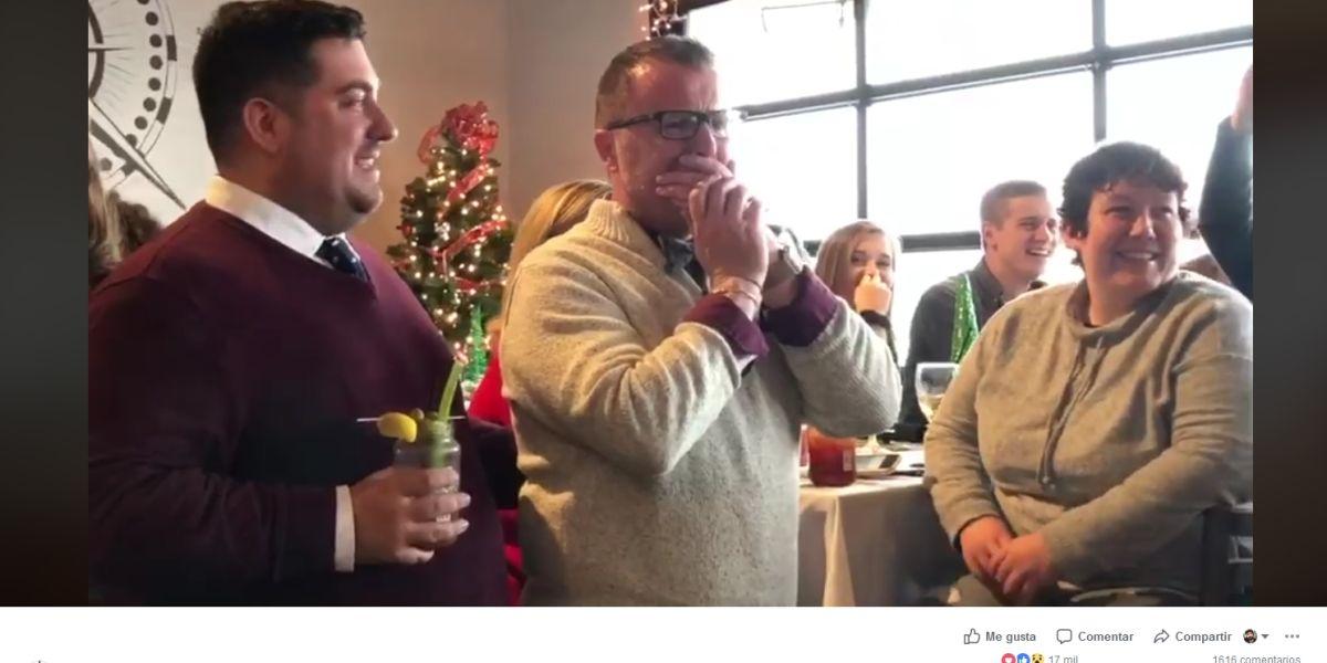 El coro sorprendió a su profesor