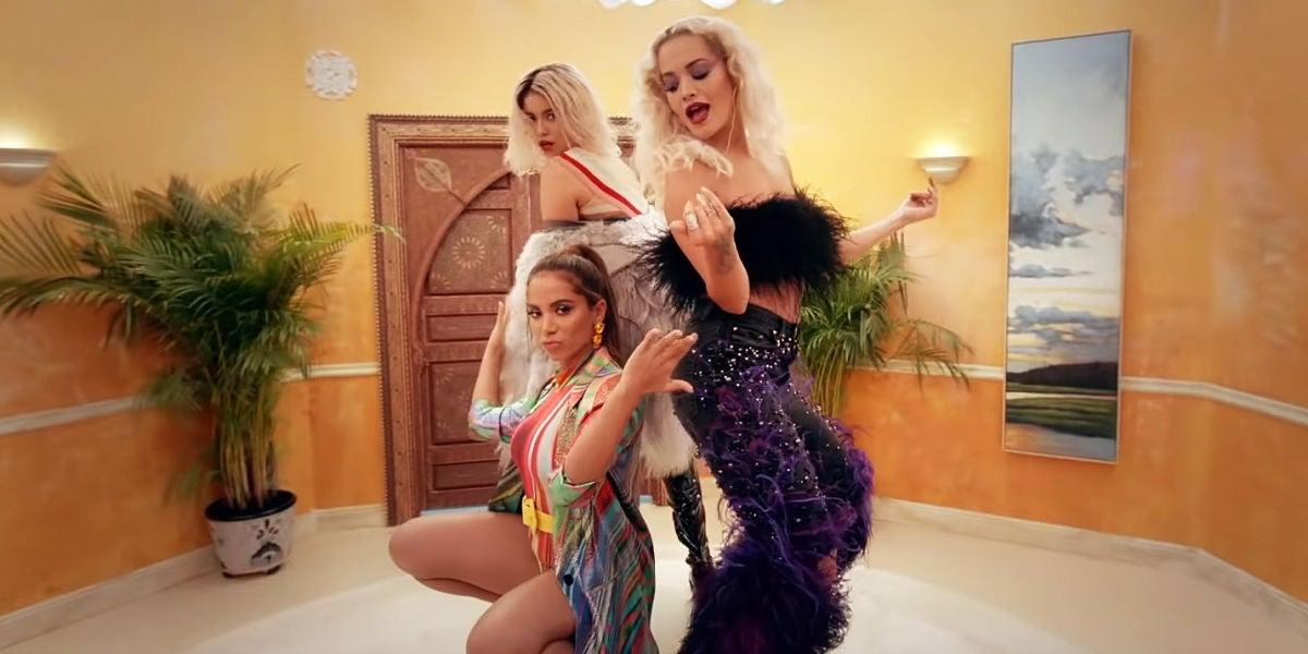 Sofia Reyes, Anitta y Rita Ora en el vídeo de R.I.P.