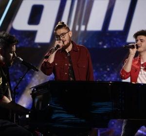 VÍDEO: Pablo López canta 'Lo saben mis zapatos' con Javier Erro y Andrés Martín en los Directos de 'La Voz'