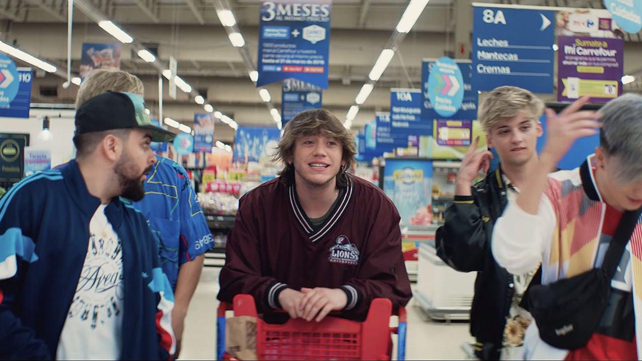 Paulo Londra Se Enamora En El Supermercado En El Vídeo De