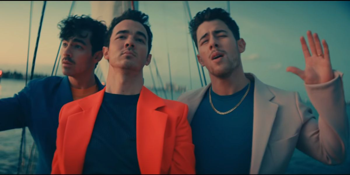 Jonas Brothers en 'Cool'
