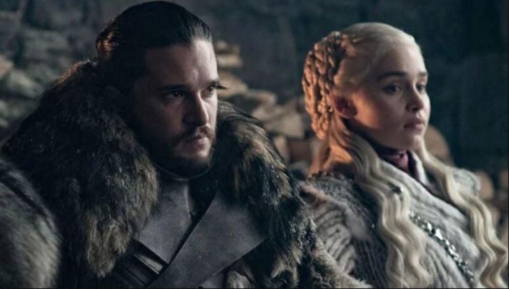 Jon Snow y Daenerys Targaryen en 'Juego de Tronos'