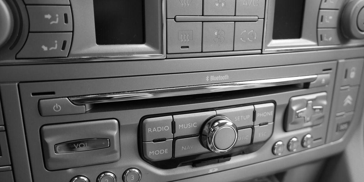 La radio de un coche