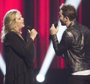 David Bisbal y Blanca Villa cantan 'Vibro' de Rocío Jurado en 'La Voz Senior'