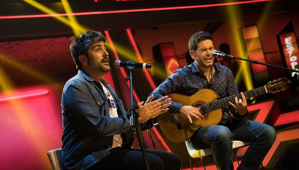 Estopa interpreta en directo en 'El Hormiguero 3.0' su nuevo single 'Fuego'