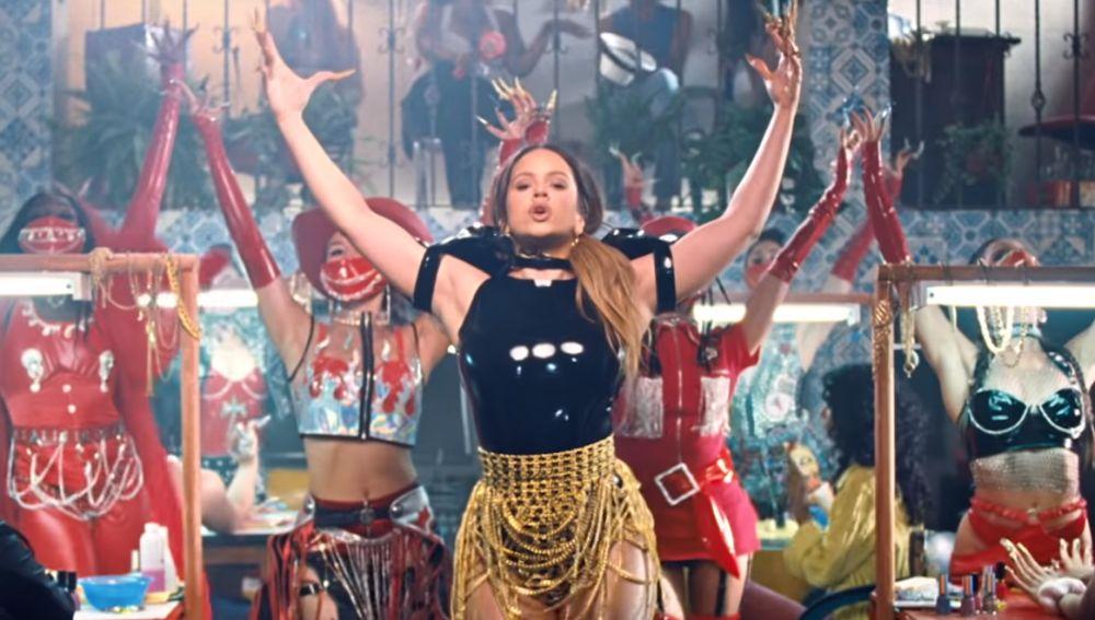 Rosalía en el videoclip de 'Aute Cuture'