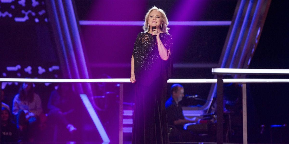 Blanca Villa canta 'Como una ola' en los Asaltos de 'La Voz Senior'