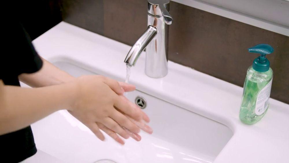 Jabón o gel desinfectante: ¿qué es mejor para lavarse las manos?