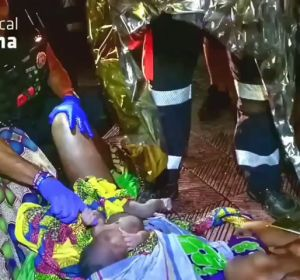 Una mujer se pone de parto en plena calle y da a luz con la ayuda de la Policía de Palma