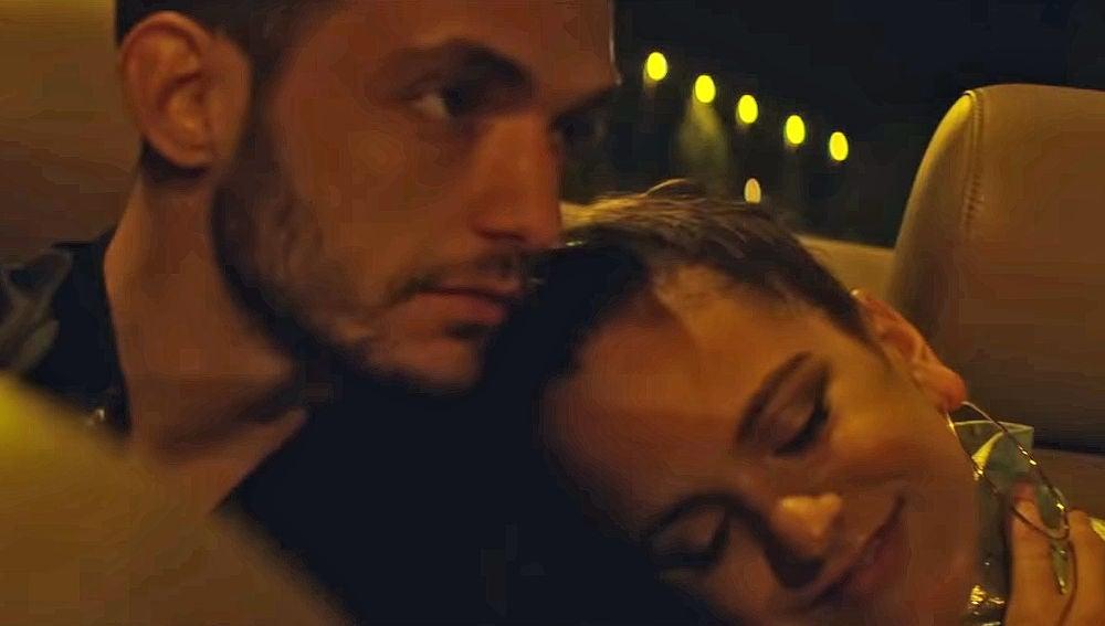 C. Tangana y Rosalía en el vídeo de 'Antes de morirme'