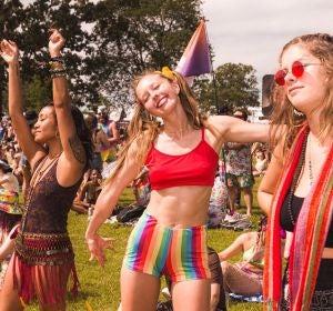 Unas chicas de festival