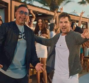 Juan Magán y David Bisbal en el vídeo de 'Bésame'