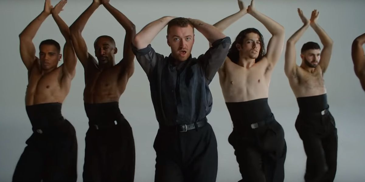 Sam Smith en el videoclip de 'How Do You Sleep?'