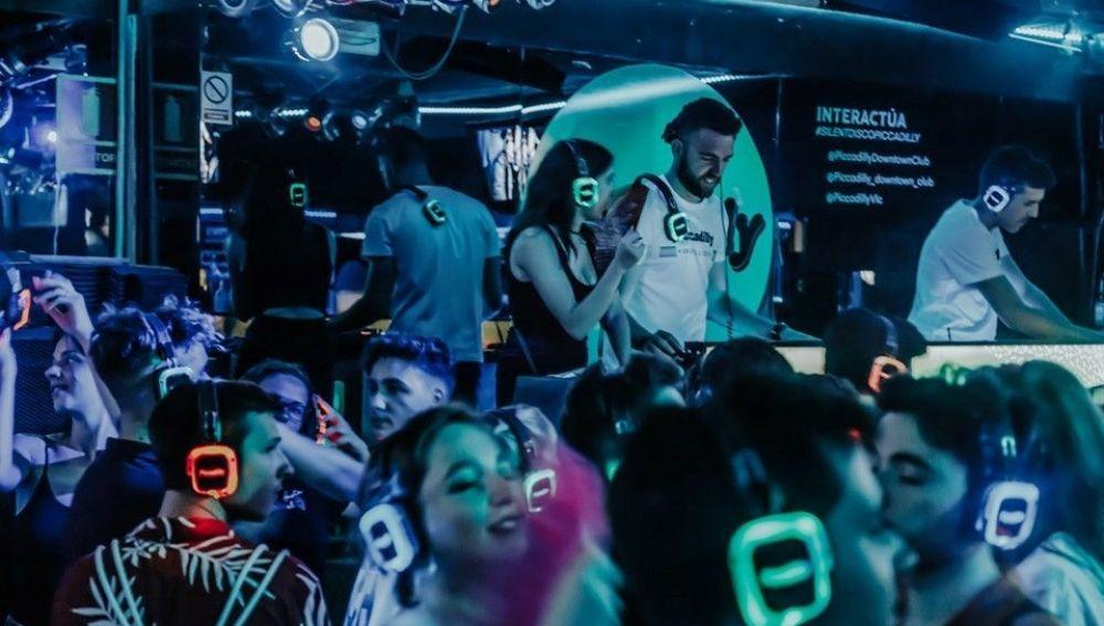 La discoteca silenciosa 'Picadilly' de Valencia