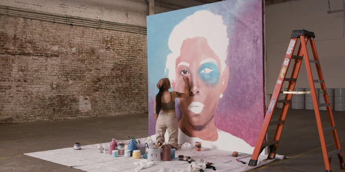 Halsey en el vídeo de 'Graveyard'