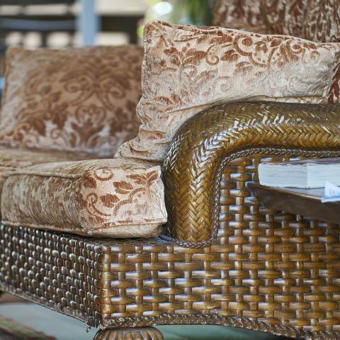 Un sofá antiguo