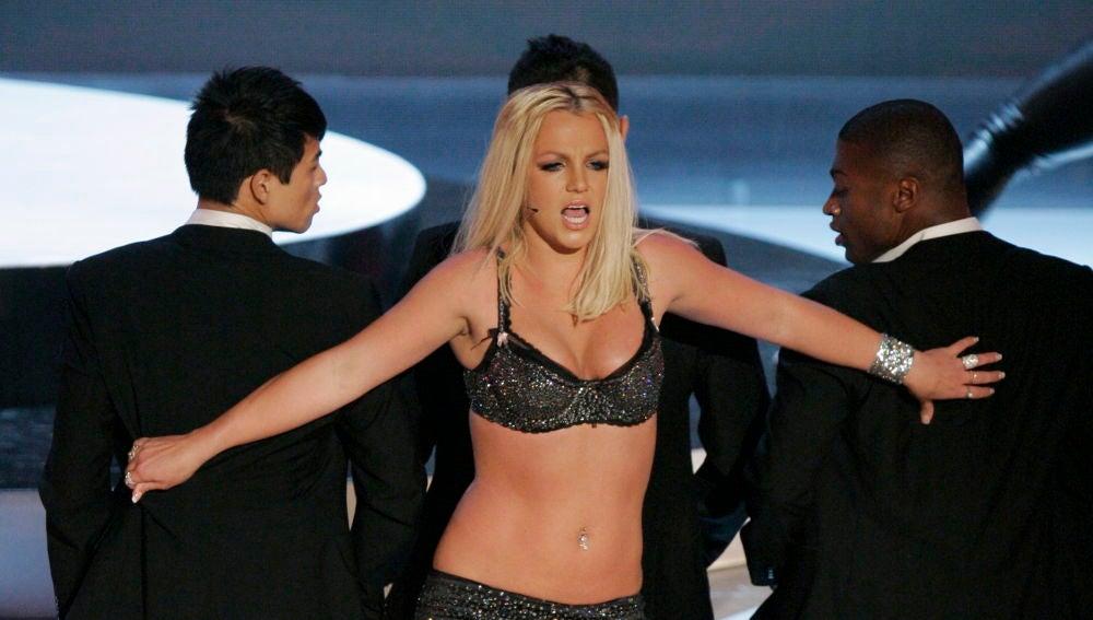 Britney Spears en los Premios MTV en 2007