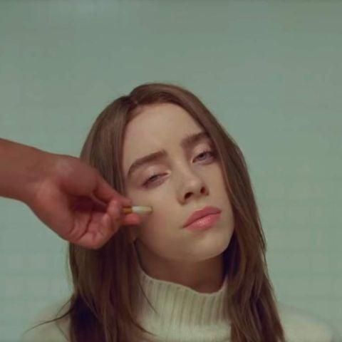 Billie Eilish en el vídeo de 'xanny'