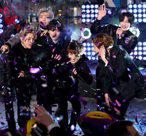 BTS actuando en Times Square