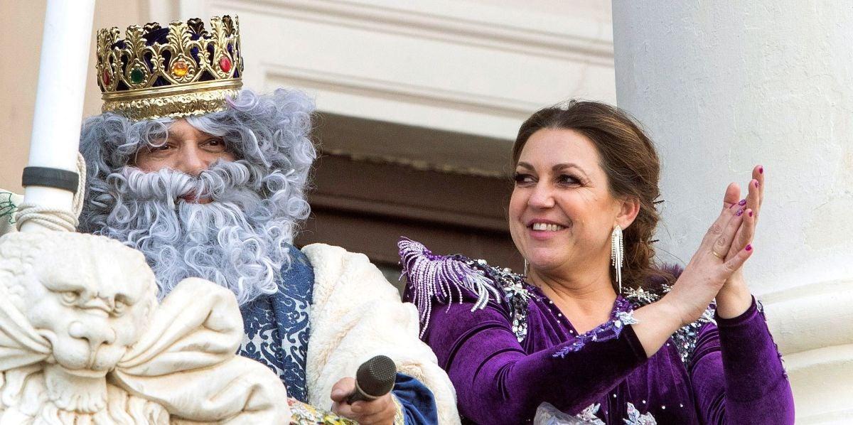 Alejandro Sanz y Niña Pastori en el Ayuntamiento de Cádiz
